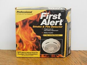 New Vintage 1992 First Alert SA67D Professional Smoke & Fire Detector Model 83R