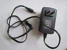 Tektronix THS730A  Digital Oscilloscope 200MHz DMM