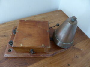 Antique wooden and brass butler's or servant's bell 1920s, wall mountable, vgc
