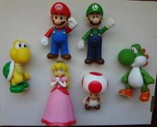 Nintendo action figure lot - Mario Luigi Princess Peach Green Yoshi 5 Inch 2009