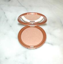 Stila Sun Highlighter Face Luminizer Bronzer Shimmer Powder Compact NIB .30 oz