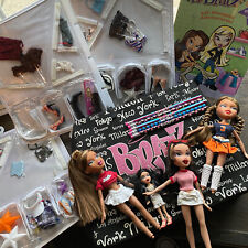 Bratz Doll Carrier Case Bag Clothes and Accessories Dolls Book Pencils 2000s