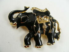 Pin (D10) Goldtone Black Elephant