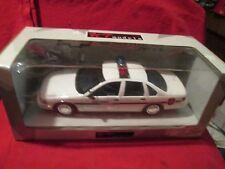 1996 CHEVY CAPRICE CHEYENNE POLICE  WHITE 1/18 UT models