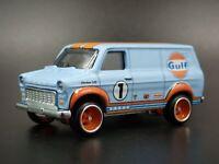 1965-1977 FORD TRANSIT SUPER VAN GULF RARE 1:64 SCALE DIORAMA DIECAST MODEL CAR