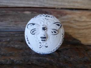 Round Distressed True White BEE Knob Drawer Pull Cabinet Bumble Butterfly