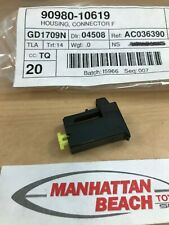 GENUINE TOYOTA HORN CONNECTOR 90980-10619 FIT MOST TOYOTA MODELS