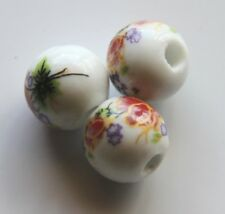 25pcs 12mm Round Porcelain/Ceramic Beads - White / Russet-Magenta Flowers