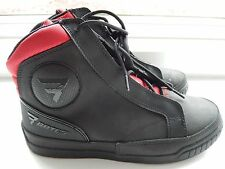 Men's Bates Taser ST250 motorcycle riding boot leather waterproof size 9 NEW