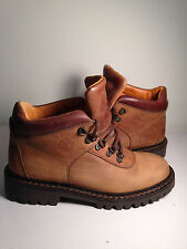 Timberland preminum leather Boot Size.6US