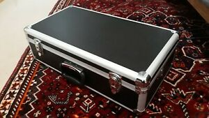 Large DJ CD Flight Case, metal, padded, removable top, 4 sections - 56x17x30cm