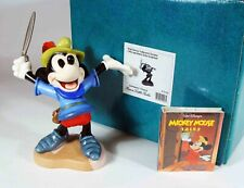 "Walt Disney Classic Collection: ""Let 'em Have It"", Mickey Mouse"