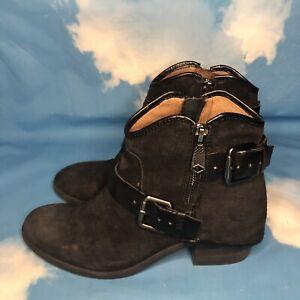 Donald J Pliner Dalis Ankle Boots Booties 6 M Black Leather gunmetal buckles