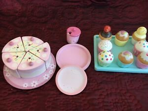 Toy Food Playset Wooden Pink Birthday Cake Cupcake Pretend Kitchen Role Play.