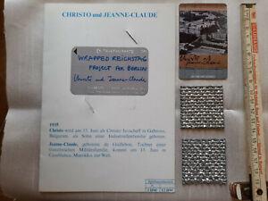 Christo und Jeanne-Claude Reichstag signierte Karte, Telefonkarte und 2x Stoff