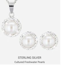 Pearl And Crystal Earing And Necklace Gift Set