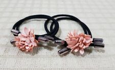 ELASTIC PONYTAIL HOLDER WITH LEATHER FLOWER CHARM HAIR ACCESSORY PALE PEACH