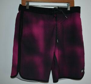 Billabong Lo Tides 73 Men's Size 32 Boardshorts Pink/Purple Dot Design
