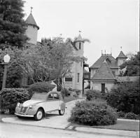 Citroen 2CV 1955 OLD CAR ROAD TEST PHOTO 1