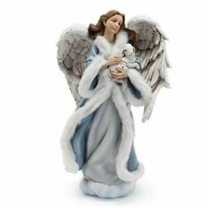 Roman Angel in Blue Gown with Lamb-633290