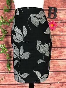 Ann Taylor Skirt 4 Black Ivory Floral Tropical Straight Pencil Knee Wedding
