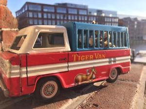Rare Tin Toy China MF 797 Tiger Van