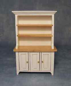 DOLLS HOUSE 1/12 SCALE WHITE  AND PINE KITCHEN DRESSER