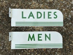 VINTAGE PORCELAIN TEXACO LADIES AND MENS RESTROOM FLANGES GAS AND OIL SIGN