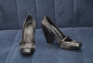 Vince Camuto womens black shoes size 8,5 heels 4,5 inch, wedges