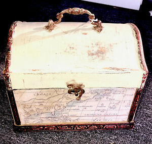 treasure/storage decorative box w/latch 100 % Repurposed, Decoupage materials
