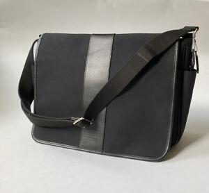 Coach Canvas Shoulder Diaper Bag Messenger w/ Changing Pad Side Pockets Black