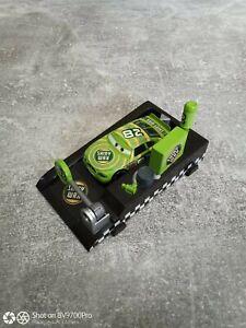 Disney pixar cars Shiny Wax Nr.82 1:55 aus Metall mit Abschussrampe