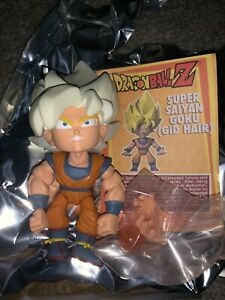 The Loyal Subjects Dragon Ball Z Target Super Saiyan Glow Hair Goku 1:96 Chase