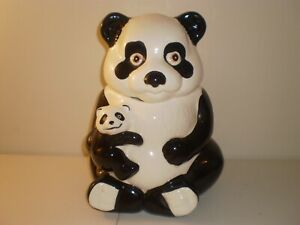 VINATAGE COOKIE JAR PANDA BEAR WITH BABY COLLECTIBLE GOOD CONDITION