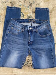 RUE 21 Skinny Mid Rise Jeans Size 6s