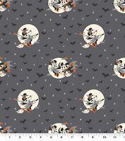 Disney Mickey and Minnie Character Badge Toss Denim 100/% Cotton 12 Yard