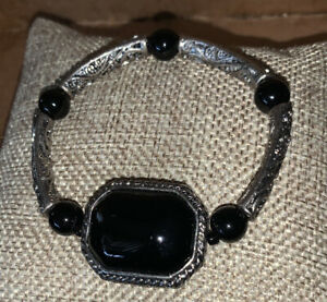Black Stone-Silvertone Stretch Exquisite Detail Bracelet-For Men/Women A BEAUTY