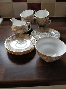 Bone China Gold Fern Design Afternoon Tea Service, 4 Places. Made By Royal Vale.