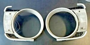 Volvo 140 142 144 Front Parking Lights & Housing 1973 1974 Pair