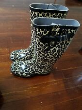 NOMAD  RUBBER LEOPARD Rain boots new in boxSize 6