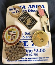 Lot of Vintage Hollywood Park, Santa Anita breeders cup, Jockeys pinbacks pins