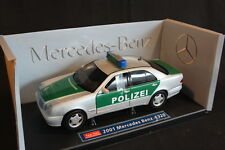 Sun Star Mercedes-Benz E320 2000 1:18 Polizei (JS)
