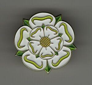 Yorkshire rose pin badge. War of the Roses. White Rose design. Metal. Enamel