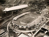 OLD AVIATION HISTORY PHOTO The Graf Zeppelin Flying Over Wembley Stadium