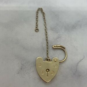 9ct yellow gold 14mm Wide Heart Padlock & Safety chain weight 2.07 grams