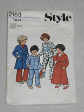 Vintage pattern by Style - no. 2153 childs size 2 pyjamas & dressing gown 1980