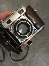 Kodak Retina iiic 3C mit Schneider Xenon 2.0/50 mm, Ledertasche