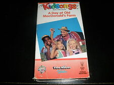 KIDSONGS VHS TAPE A DAY AT OLD MACDONALD'S FARM
