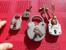 Ancien Cadenas lot de 4 avec Clé : Abus Germany , HD Paris , Levers 4