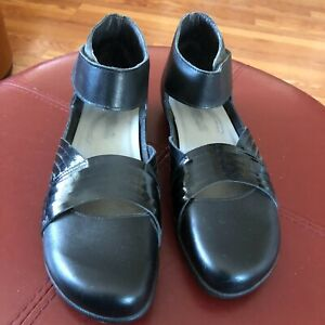 NAOT Black Leather Tenei  Ankle Strap Comfort Mary Janes Shoe Sz 41, US 10